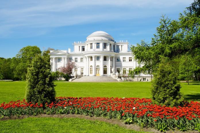 Елагиноостровский дворец.