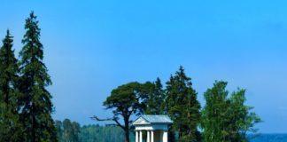 """Храм Нептуна в парке """"Монрепо"""". Выборг."""