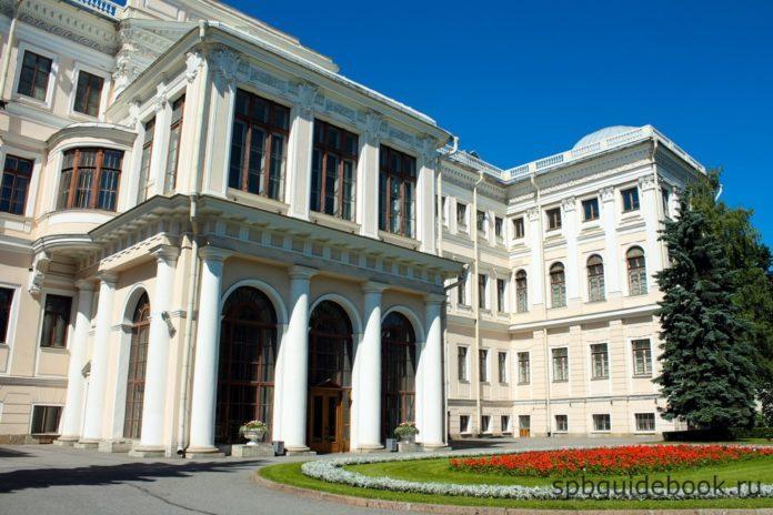 Аничков дворец. Санкт-Петербург.