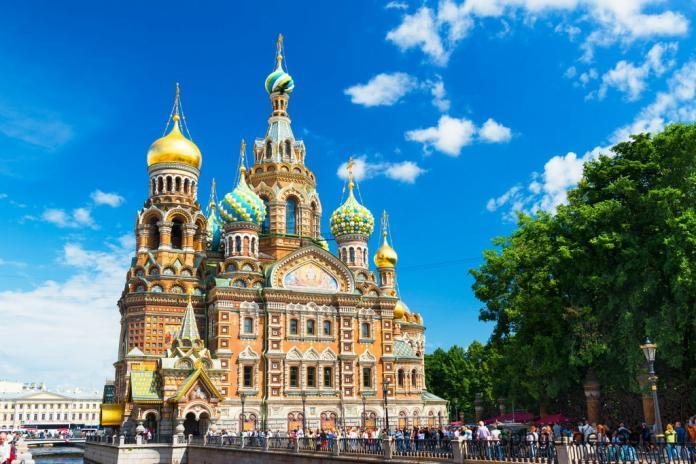 Фото храма Спаса на Крови в Санкт-Петербурге.